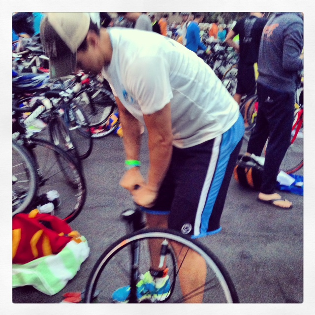 Mike Helping Fellow ACTIVE Triathletes Before the Race