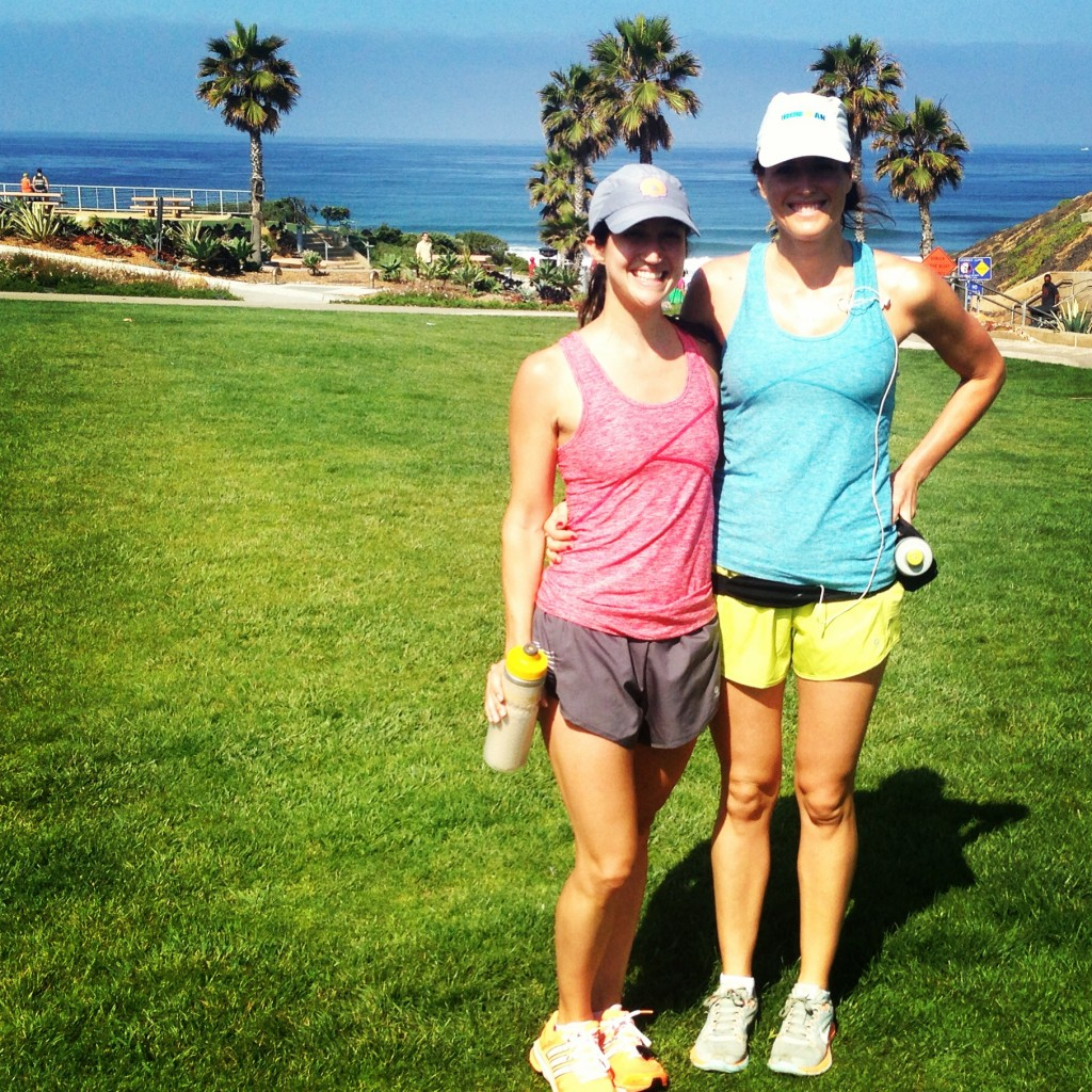 Asia and I wore the same Oiselle outfit in different colors!